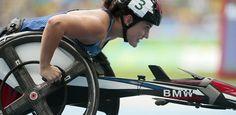"""Paraolimpíada tem """"super cadeira de rodas"""" da BMW com tecnologia de F-1 - UOL Olimpíadas"""