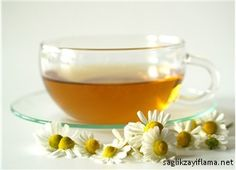 Diarrhea is a condition that often causes you go to the bathroom and soft, watery stools. It can continue in different ways, including mild severity or acute. Home Remedies For Diarrhea, Homemade Dry Shampoo, Natural Medicine, Punch Bowls, Panna Cotta, Keto, Make It Yourself, Tableware, Ethnic Recipes