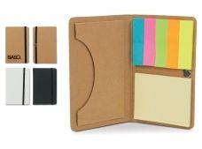 Handig notitieboekje van karton, voorzien van elastiek