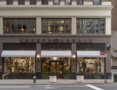 Iconic menswear designer Joseph Abboud has enlisted award-winning luxury retail designers Jeffrey Hutchison & Associates (JHA) to create his first free-standing retail store, set to open in Manhattan on March 27th, 2015.