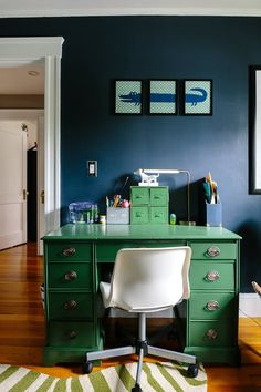 House Tour: A Craftsman Colonial Goes Contemporary