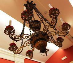 lampadario bronzo : Lampadario in bronzo cesellato, dorato e patinato. h 100 x 80 cm. # ...