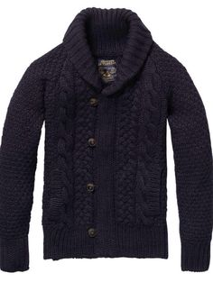 The navy cardigan, a must have