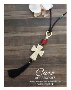 Collar ajustable cruz y coral por SimplyMpr en Etsy