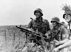 MG 34 in schwereMaschinengewhere (heavy machine gun) role