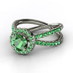 Round Emerald Platinum Ring