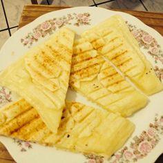 Massa de pão de qjo + mussarela