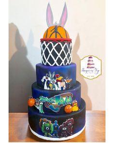 Space Jam birthday cakeHappy birthday Zayden & Malachi 🏀 1st Birthday Boy Themes, Baby Girl First Birthday, Boy Birthday Parties, 2nd Birthday, Birthday Ideas, Space Jam Theme, Looney Tunes Party, Nerf Cake, Boy Baby Shower Themes