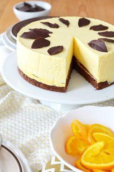 Íme egy tökéletes példa arra, hogy mennyire el vagyok maradva a recepetek publikálásával. Akik régebb óta olvasnak, talán emlékeznek rá, hog... Tart Recipes, Cupcake Recipes, Sweet Recipes, Cookie Recipes, Dessert Recipes, Cold Desserts, No Bake Desserts, Chocolate Orange Cheesecake, Hungarian Desserts