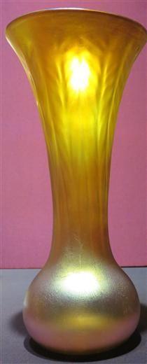 Long-necked glass vase - Louis Comfort Tiffany Louis Comfort Tiffany, Tiffany Glass, Art Database, Hair Ornaments, Hurricane Glass, Art Nouveau, Glass Vase, Landscape, Tableware