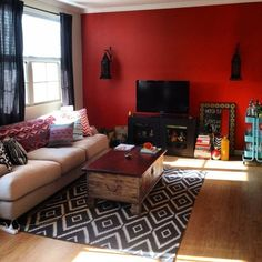 could we put the couch under the window??  like the pillows with our color couch, too