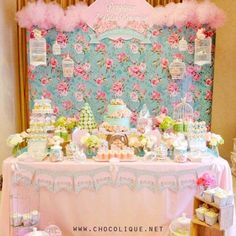 56 ideas for shabby chic baby shower decorations dessert tables candy bars Shabby Chic 1st Birthday, Baby Girl Birthday, Baby Girl Shower Themes, Baby Shower Parties, Shabby Chic Cakes, Baby Girl Cakes, Diy Baby Shower Decorations, Baby Shower Backdrop, Shabby Chic Baby Shower