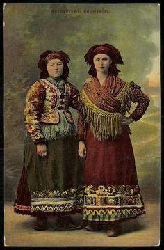 Mezőkövesdi népviselet | Képeslapok | Hungaricana Art Costume, Folk Costume, Costumes, Vintage Photographs, Vintage Photos, Hungarian Women, Princess And The Pea, Hungarian Embroidery, Renaissance