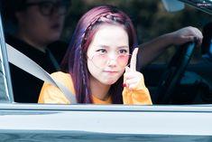 Jisoo looks like she means business!