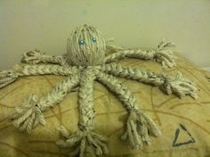 Adorable yarn octopus doll. Super easy and fun.