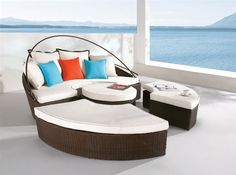 Luxurious-Daybed-Furniture-Design-Ideas-1.jpg (570×425)    http://all-dreaming.com/wp-content/uploads/2011/06/Luxurious-Daybed-Furniture-Design-Ideas-1.jpg