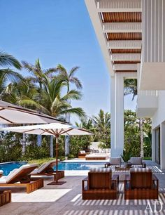 Beautifully Seaside // Formerly CHIC COASTAL LIVING: Cindy Crawford and George Clooney's Cabo San Lucas Beach Houses