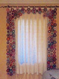 Crochet Curtain Patterns Part 9 - Beautiful Crochet Patterns and Knitting Patterns Beau Crochet, Love Crochet, Beautiful Crochet, Crochet Flowers, Knit Crochet, Cotton Crochet, Crochet Curtain Pattern, Crochet Curtains, Curtain Patterns