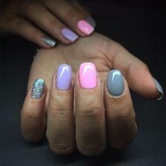 #Colorfullnails #pinknails #purplenails #glitter #graynails #nails #nailart #nailswag