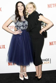 Taylor Schilling and Laura Prepon shined at the premiere of Orange Is the New Black's fourth season! See more hot pics!