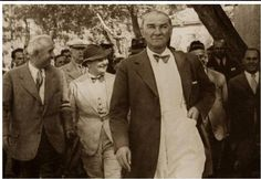 ✿ ❤ Yıl 1937...Atatürk Çerkezköy, Tekirdağ'da...