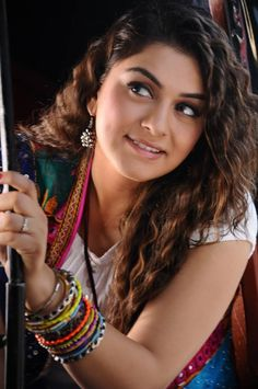 Wanna trying to c me without my knowledge - HANSIKA MOTWANI -