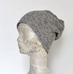 Lun, blød tophue i strukturmønster - susanne-gustafsson. Knitting For Charity, Free Knitting, Knitting Patterns, Knit Crochet, Crochet Hats, How To Purl Knit, Drops Design, Knitted Hats, Needlework