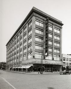Kobacker's in downtown Canton.  From the collection of the McKinley Presidential Library & Museum, Canton, Ohio.