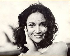 Míriam Colón Puerto Rican actress founder and director of the Puerto Rican Traveling Theater in New York City has passed away today March 3. RIP. This #trailblazer brought live theatre to the streets of the South Bronx via historic Puerto Rican Traveling Theatre! Most knew her as Carlito's mom in #CarlitosWay.  #RIP #MiriamColon #PuertoRican #UPR #superwoman #actress #director #PRTT #PuertoRicanTravelingTheatre #LeeStrassburgActor #AlfredHitchcock #Gunsmoke #Bonanza #Gloria #OneLiveToLive…