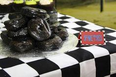 Hot Wheels Birthday, Hot Wheels Party, Race Car Birthday, 2nd Birthday Parties, Birthday Ideas, Masons, Kids Church, Troy, Coral