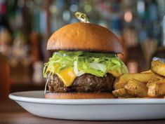 This restaurant in Cape Coral will seduce you with its creative cocktails and flavorful, American-inspired dishes. Cape Coral, Ground Beef, Hamburger, Cocktails, Dishes, Dining, Eat, Ethnic Recipes, Kitchen