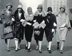Fashion for women in 1920s 89