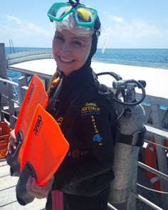 Getting ready to the Discovery Scuba Diving at the Great Barrier Reef! Me preparando para meu primeiro mergulho na Grande Barreira de Corais! #australia #greatbarrierreef  #amazingexperience #experienciamaravilhosa #happy #feliz # by alicetaufer http://ift.tt/1UokkV2