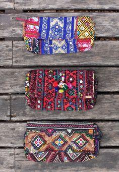 Coleção de bolsas da marca argentina Rapsodia se chama Ethnic Spirit e é…