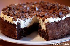 Nydelig sjokoladekake for alle anledninger. Bakes gjerne dagen før, så perfekt for de travle dagene