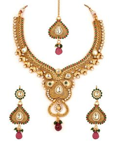 Magnificent Gold Plated Kundan Necklace Set