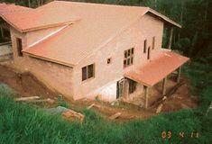 As casas feitas com tijolos ecologicos podem ser simples ou luxuosas:                                                                       ...