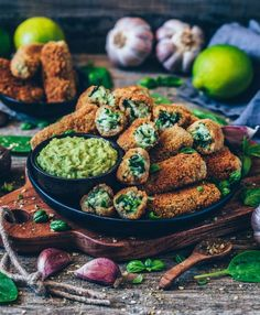 Croquettes with Spinach (gluten-free Vegan Croquettes with Spinach and Bechamel.Vegan Croquettes with Spinach and Bechamel. Healthy Gluten Free Recipes, Vegan Gluten Free, Healthy Snacks, Vegetarian Recipes, Vegan Recipies Dinner, Vegan Dinner Party, Vegetarian Lasagne, Fast Recipes, Beef Recipes