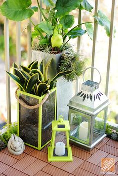 Use bamboo composite tiles to cover an unsightly balcony floor! Accent with lanterns, candles and containers. Terrific DIY ideas from Gloribell Lebron || @AbdulAziz Bukhamseen tiny patio is ready for a big brunch. Display pretty fruits in a DIY planter-turned-fruit bowl! Click through for more photos and small patio decorating ideas from Gloribell Lebron || @Gloribell Lebron