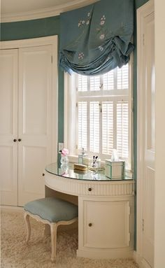 Dressing room with curved vanity by Eden Wright Design Love Your Home, My Dream Home, Dressing Table Vanity, Vanity Tables, Dressing Tables, Dressing Room Design, Dressing Rooms, Traditional Shutters, Closet Vanity