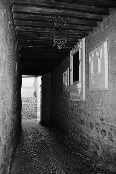 Cobertizos que enamoran... nuevas leyendas y vivencias comienzan a escribirse en Toledo.