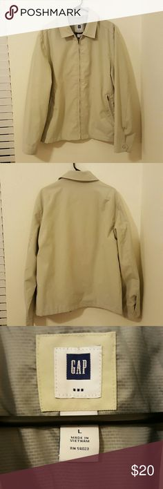 Gap Mens Tan Jacket Sz L Jacket has been worn once or twice but looks brand new. 4th photo shows tag with material information. GAP Jackets & Coats Lightweight & Shirt Jackets
