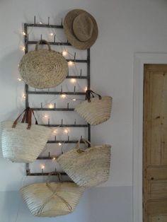 Vintage bottle rack turned into a hat/bag rack. Bottle Rack, Market Baskets, Holiday Lights, Christmas Lights, Little Boxes, Home And Deco, Home Interior, Fairy Lights, Decoration