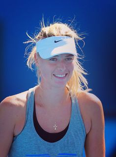 Maria Sharapova #tennis @JugamosTenis. My tennis role model