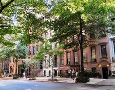 Prachtige Brownstones op 37th Street