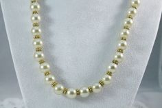 Nice Vintage Faux Pearl And Gold Fashion Necklace by amyrigs on Etsy