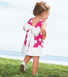 adorable lil girl dress, now if only one of my friends would have a girl!