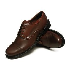 Men's vegan dress shoe with oxford charm. Also available in black! #vegan #shoes #men