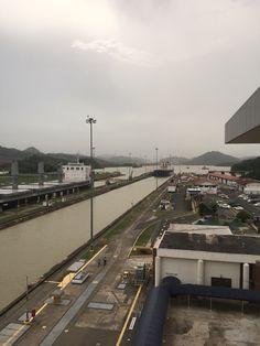Entrada Atlántica del Canal de Panamá- Esclusas de Gatún, Colón.