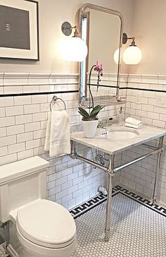 60 Inspiring Classic and Vintage Bathroom Tile Design - Rockindeco Vintage and Classic Bathroom Tile Bathroom Tile Designs, Bathroom Floor Tiles, Bathroom Interior Design, Mosaic Bathroom, Bathroom Ideas, Bathroom Wall, Accent Tile Bathroom, Slate Bathroom, Craftsman Bathroom
